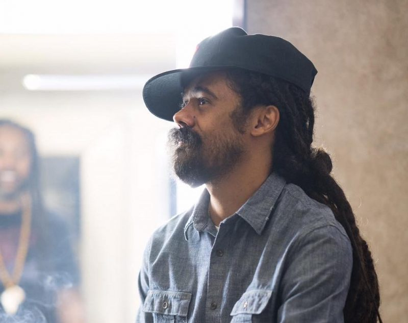 Damian marley on chronixx collaboration it would be cool radio damian marley says he is open to collaborating with chronixx thecheapjerseys Choice Image