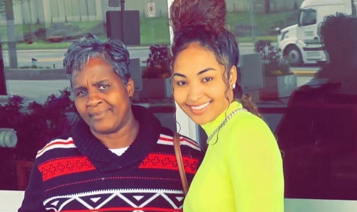 Dancehall Mourns With Shenseea After Mom's Death - Urban Islandz